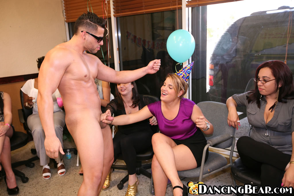 The dancing bear sex party — pic 4