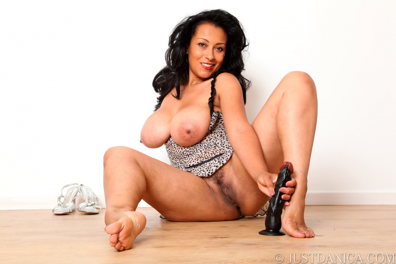Danica Collins gearing up to enjoy her black dildo