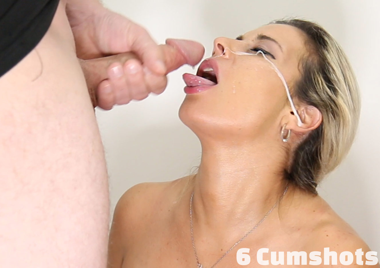 Cfnm blowjob example is perfection