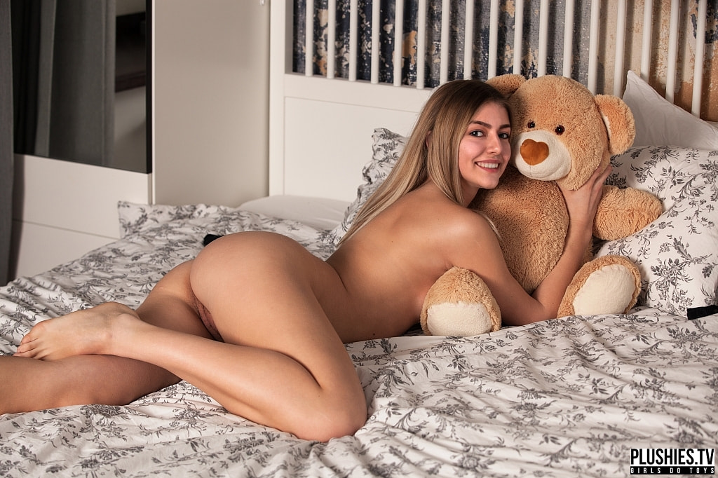 Plush free porn pics, pinkie enjoyment, download plush
